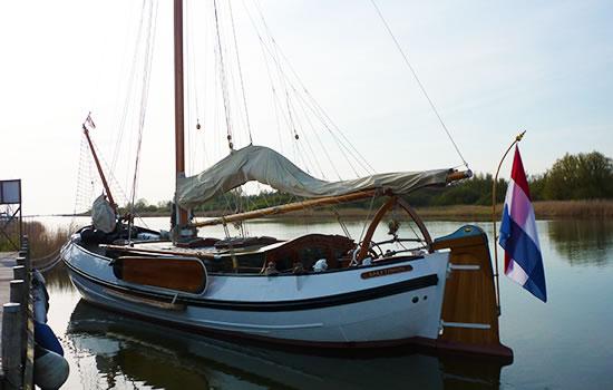 Plattbodenschiff Saeftinghe ohne Skipper chartern