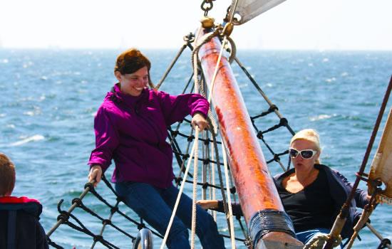 Praktische Infos zum Segeltörn auf einem Plattbodenschiff
